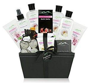 Premium Deluxe Bath & Body Gift Basket