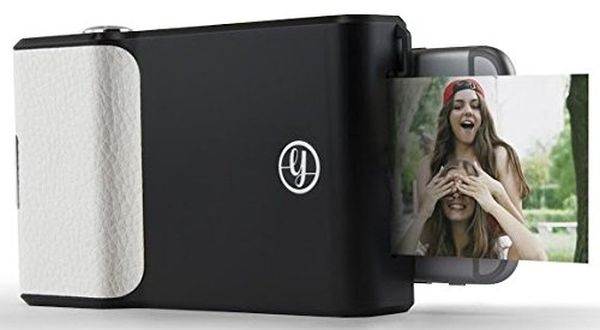 Get Instant Photo Prints with The Prynt Classic for Apple iPhones
