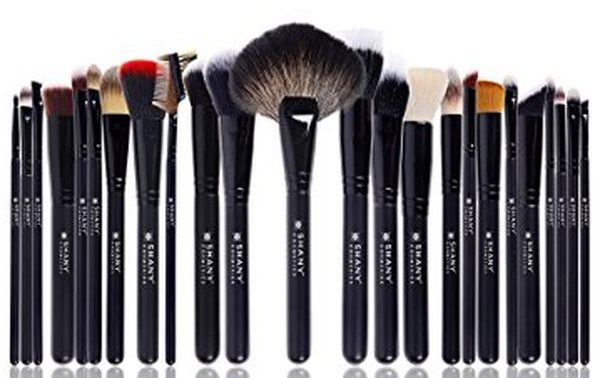 SHANY Pro Signature Brush Set of 24