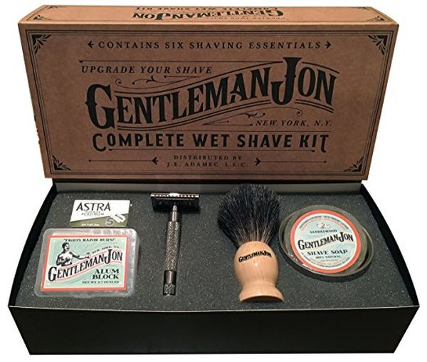 Shaving kits good gifts to get your boyfriend on Xmas